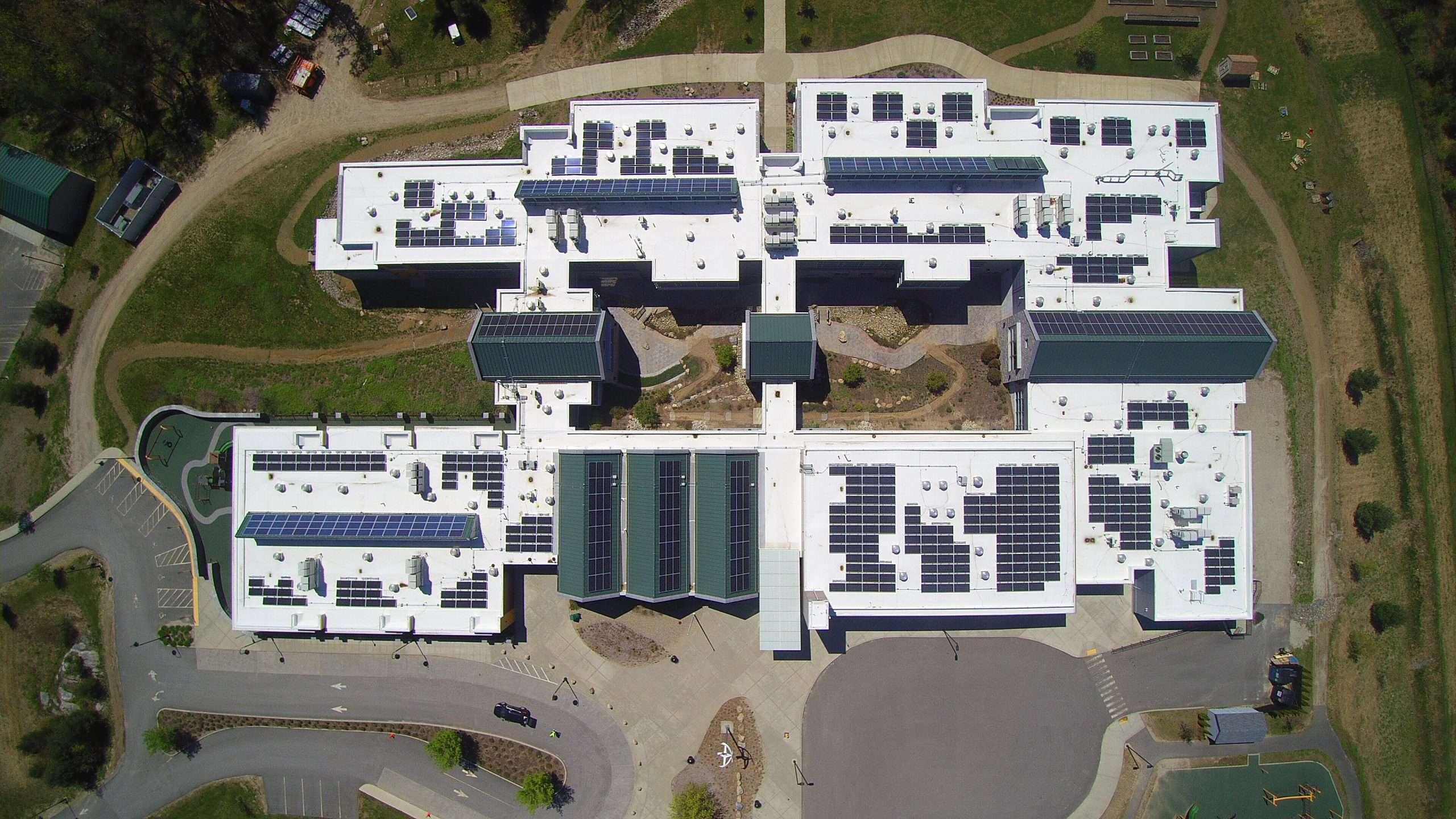 Titan-Energy_Case-Study_Solar_School